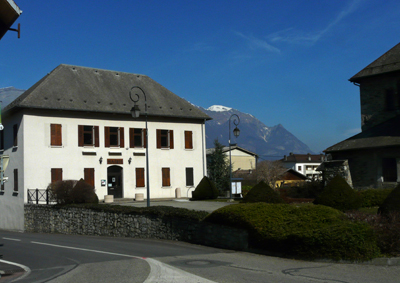 Mairie - Ancien presbytère - photo AJFD